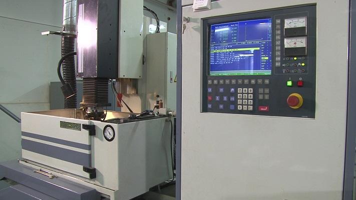 Координатно-прошивочный электроэрозионный станок JOEMARS CNC-326