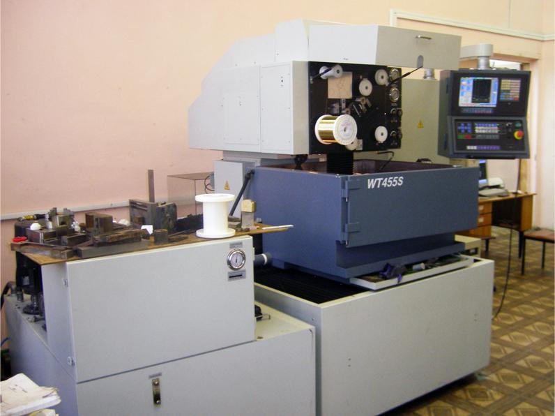 Электроэрозионный проволочно-вырезной станок JOEMARS WT-455S