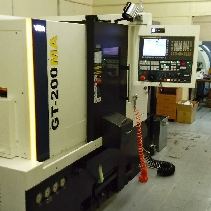 Токарно-фрезерный обрабатывающий центр YCM GT200MA